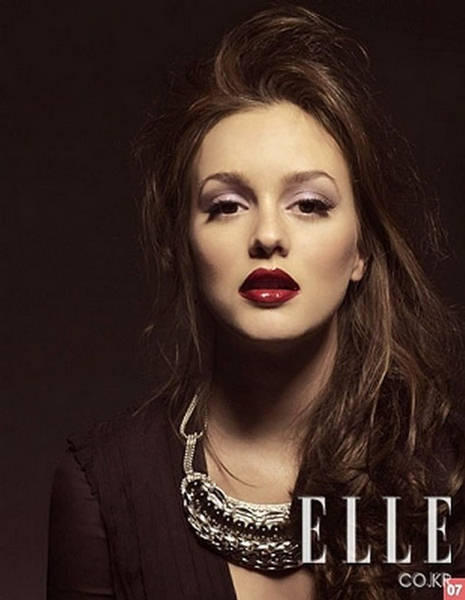 Leighton meester elle korea september 5 the socialite for Elle subscription change address